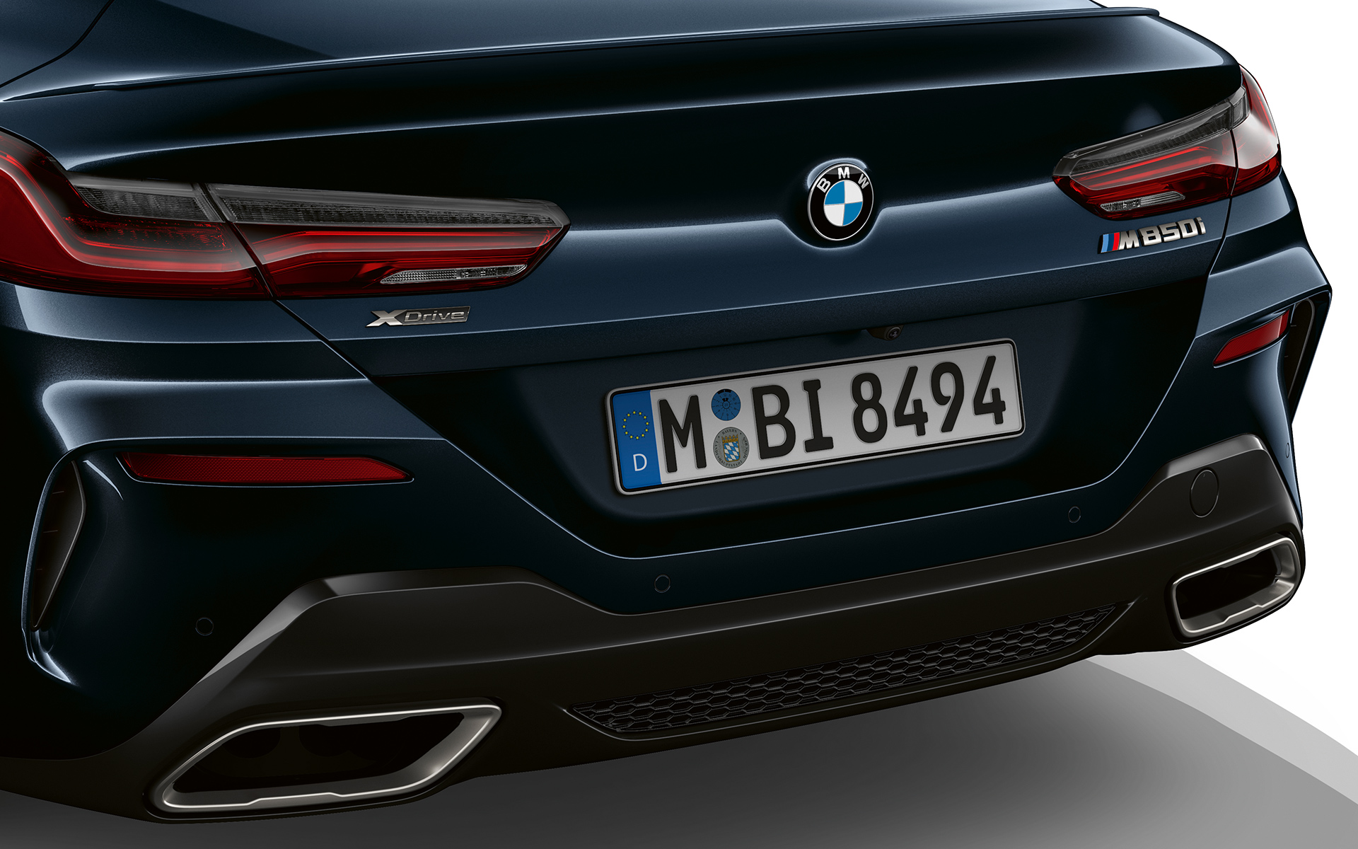 Rear view of the BMW M850i xDrive.