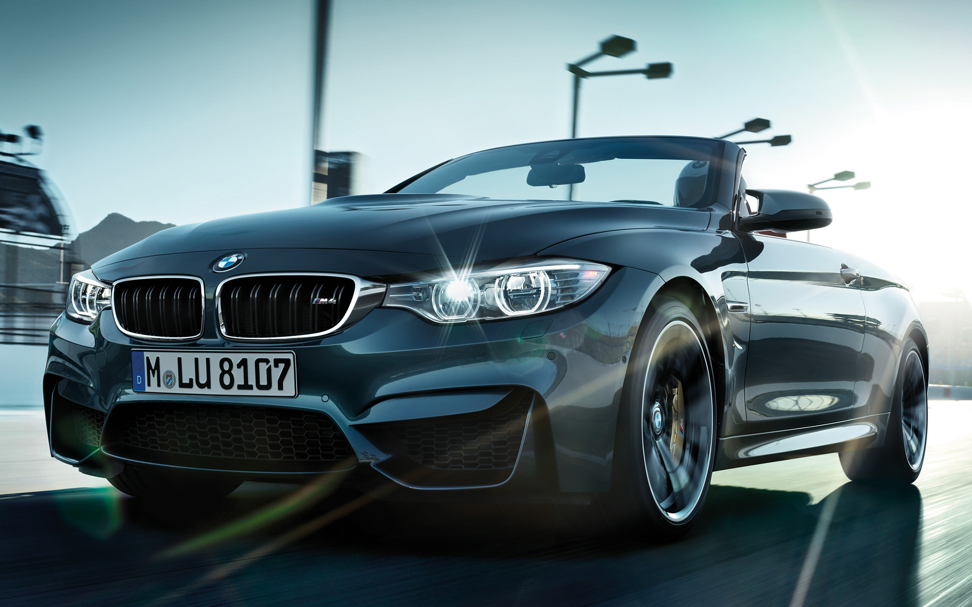 BMW M4 Convertible driving pleasure